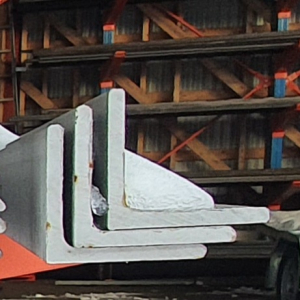 RST-KULMA 40mm x 40mm x 4mm 1.4301